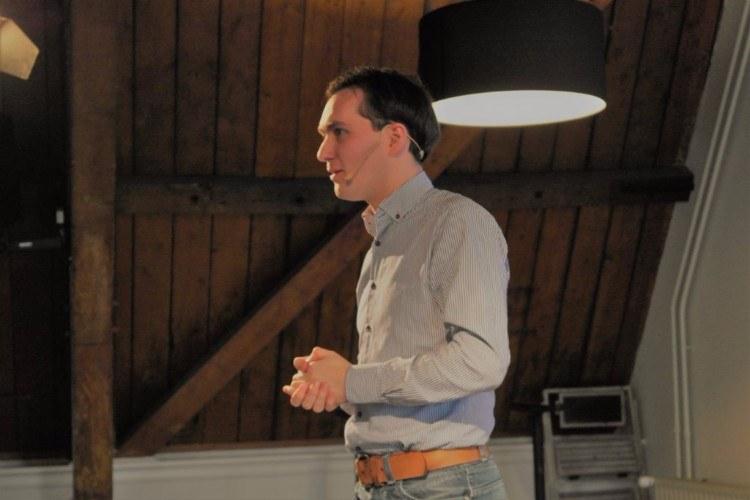 Maarten van den Boom - Theater van de Rode Schoentjes - GRAZImedia.